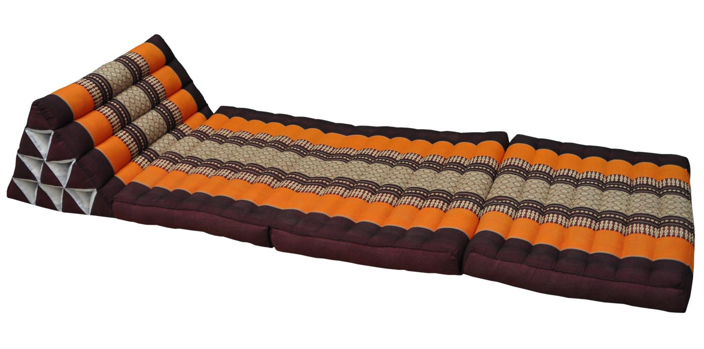 coussin triangle assise 3 plis marron orange. Black Bedroom Furniture Sets. Home Design Ideas