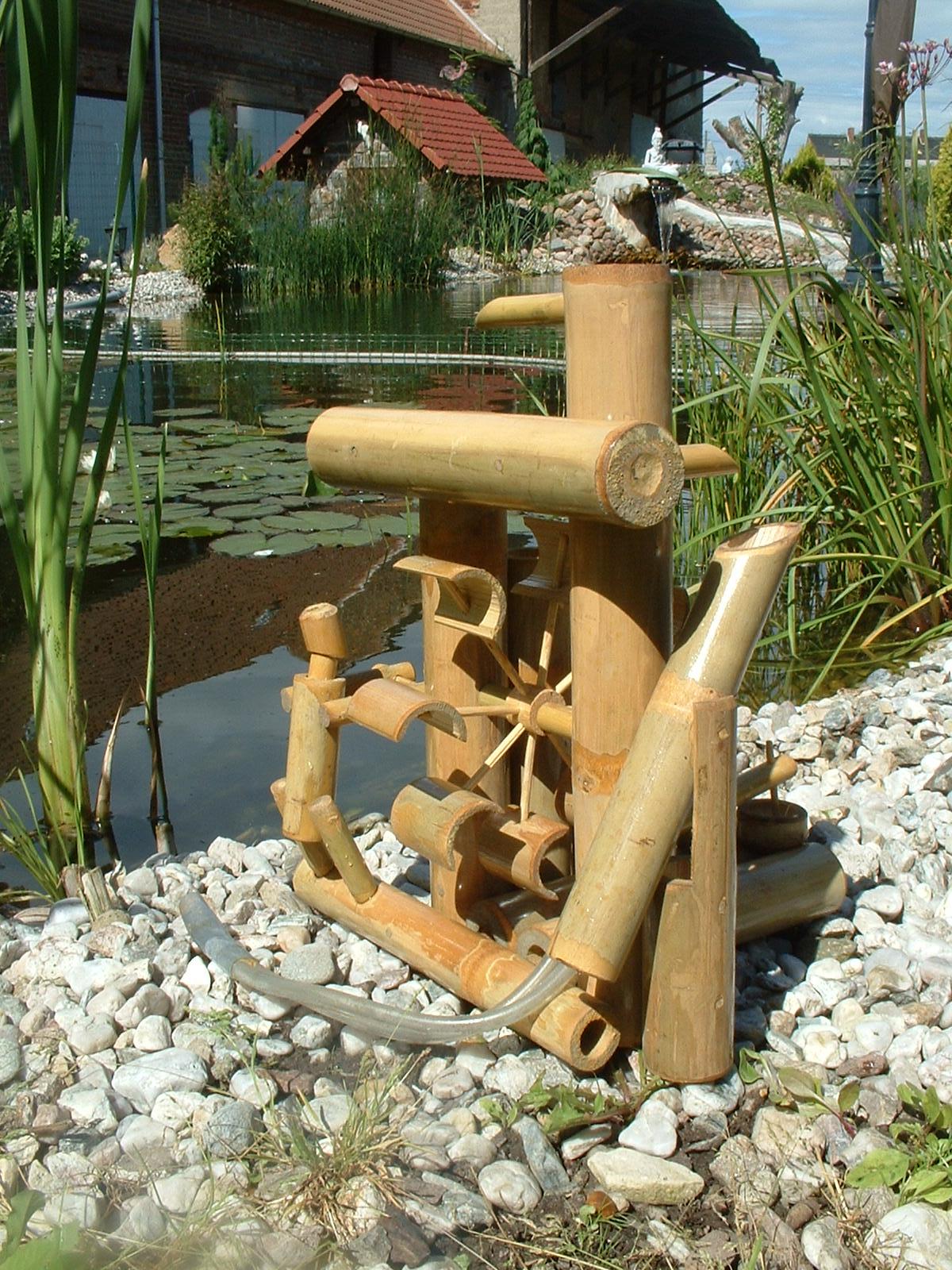 fontaine bambou cascade jeu d 39 eau d coration jardin patio. Black Bedroom Furniture Sets. Home Design Ideas